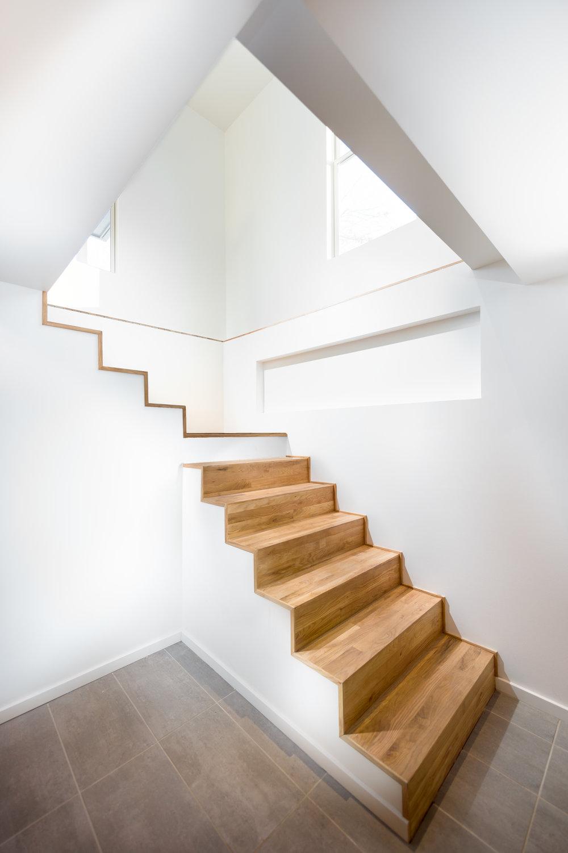 BASEMENT STAIRS II.jpg
