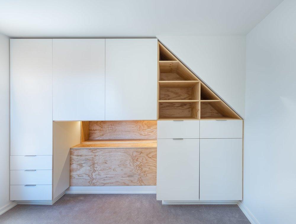 13 Bedroom Cabinets-min.jpg