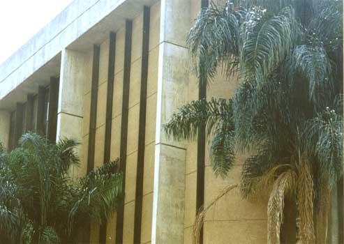 Arquivo Municipal da Prefeitura do Rio de Janeiro   Endereço: Rua Amoroso Lima, 15 Cidade Nova – Rio de Janeiro Cliente: Prefeitura da Cidade do Rio de Janeiro A.T.C.: 5.000,00m² Ano: 1990 – Projeto dos arquitetos Edison e Edmundo Musa