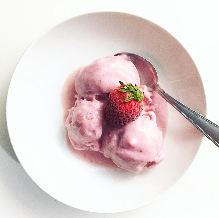 Strawberry Protein Nice Cream.jpg