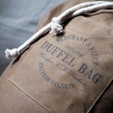 The uber stylish & classic duffel bag, we stock these easy make kits in the ruggedly beautiful British oilskin. We stock several bag kits, check them out in our online store. Picture courtesy of @merchantandmills 🖤 #sewing #making #duffelbag #bag #kit #british #oilskin #haberdashery #online #store #shopping