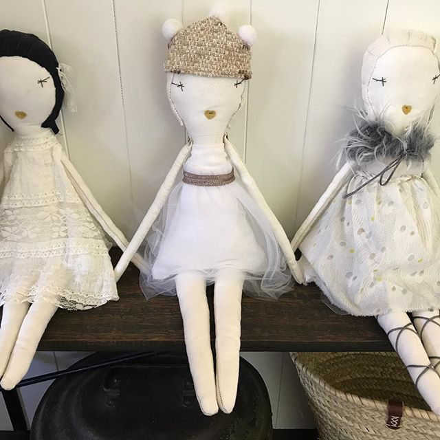 Gorgeous limited edition handmade rag dolls by Jess Brown. I only have a few left available now, shop online, see link in bio 🖤 #handmade #ragdolls #heirloom #doll