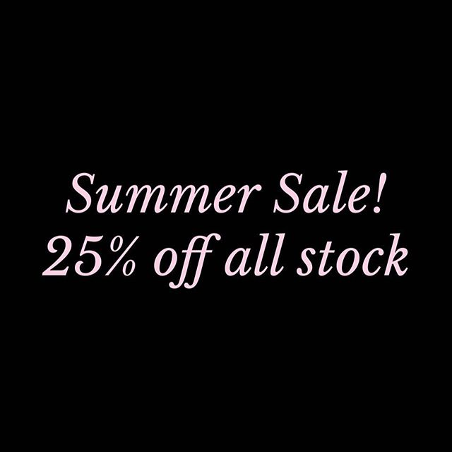 Our Summer Sale has begun! Making way for fresh stock in the new year. 25% off everything in store. Plus free shipping on orders over $100.00 within NZ & Australia. Sale ends midnight 31st December 2018 🖤 #sale #haberdashery #cloth #sewing #european #linen #shoponline