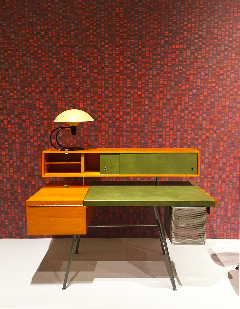 Wallpaper: Alexander Girard, manufactured by Maharam, Roman Stripe, designed 1952, printed 2015. Desk (model 4658): George Nelson and Associates, Manufactured by Herman Miller Furniture Company, 1946.