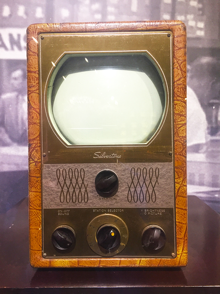 Sears, Roebuck & Co. Silvertone TV - 7 inch screen