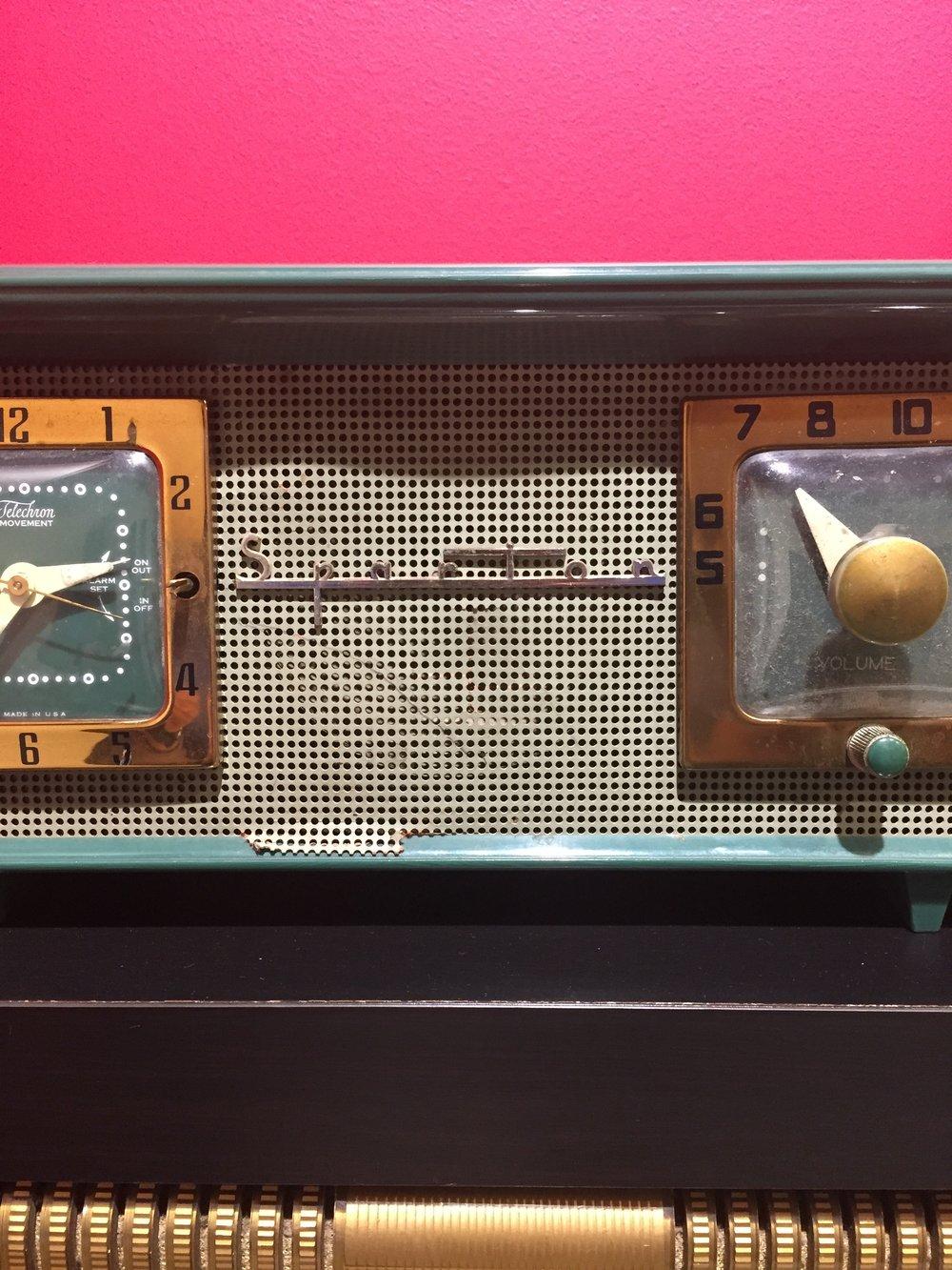 Sparton Radio (detail)