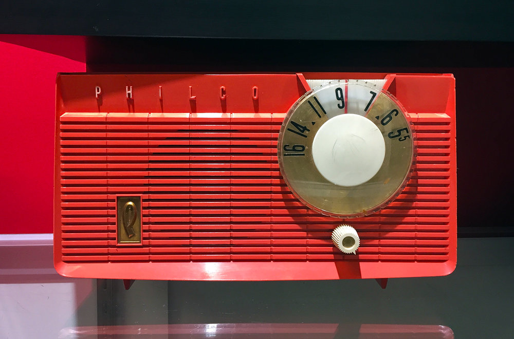 1950's Philco Bakelite Radio