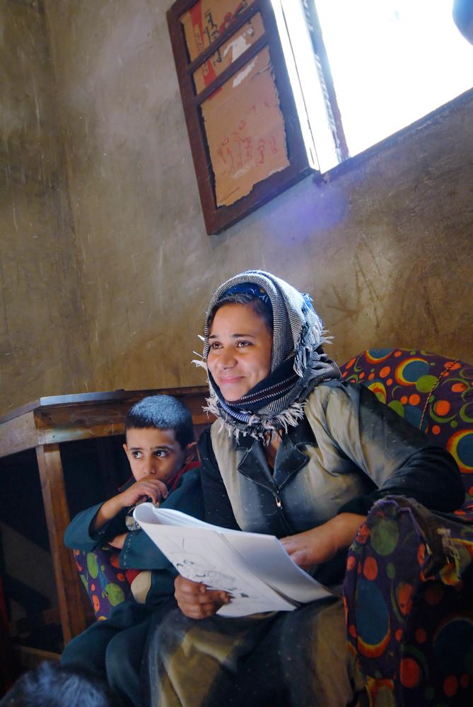 007_Egypt_Deir_Al_Barsha_Literacy_Class_byClaudiaWiens-2.jpg