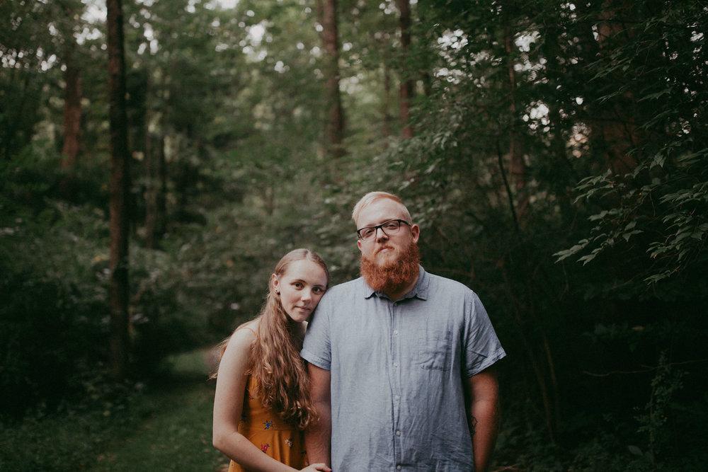 engagement-photographer-wedding-couple-nolde-forest-Pennsylvania-woodsy-couple-newlywed