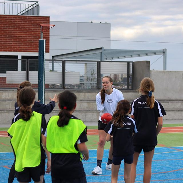 With 1 week to go until we celebrate our 2 year anniversary, we are excited to announce our first coach for our Future Skills Development program. #1 Draft pick for the 2018 AFLW season and star forward for the @bulldogsw @i.huntington. Izzy is one of the most respected, driven and talented players in the @aflwomens. She brings a wealth of knowledge to her coaching and positive energy and attitude that young footballers love. We are excited to have Izzy locked in for the day. ⠀ ⠀⠀⠀⠀⠀⠀⠀⠀⠀ Futures Skills Development Details:⠀ Tuesday 9th April ⠀ 10am till 3pm⠀ Kingswood College, Box Hill⠀ $99.95 plus Free GFA 2 Year Anniversary Tee (includes GST)⠀ Register: https://www.girlsfooty.com.au/register/futures-skills⠀ ⠀⠀⠀⠀⠀⠀⠀⠀⠀ #girlsfootyaus #dreambigger