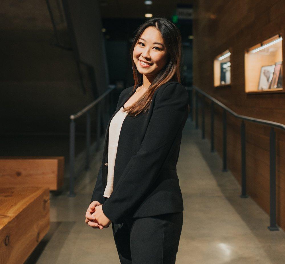 Yushi Yang