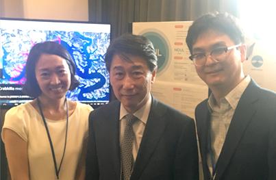 오준 UN 주재 한국대표부 대사(가운데)와 ㈜노을 이동영 대표(우측). 노을은 16년 6월 개최된 UN 과학기술혁신 포럼(STI Forum)의 '주목할 만한 15개 기업'으로 선정되었다.