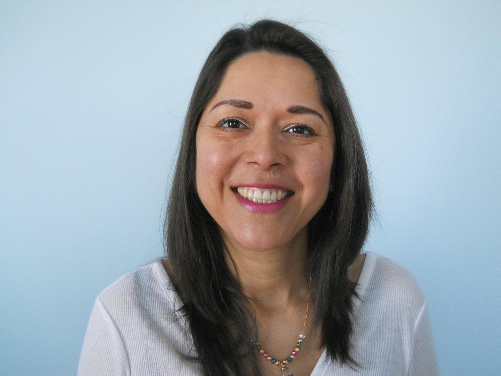 Maria Mento Headshot.JPG
