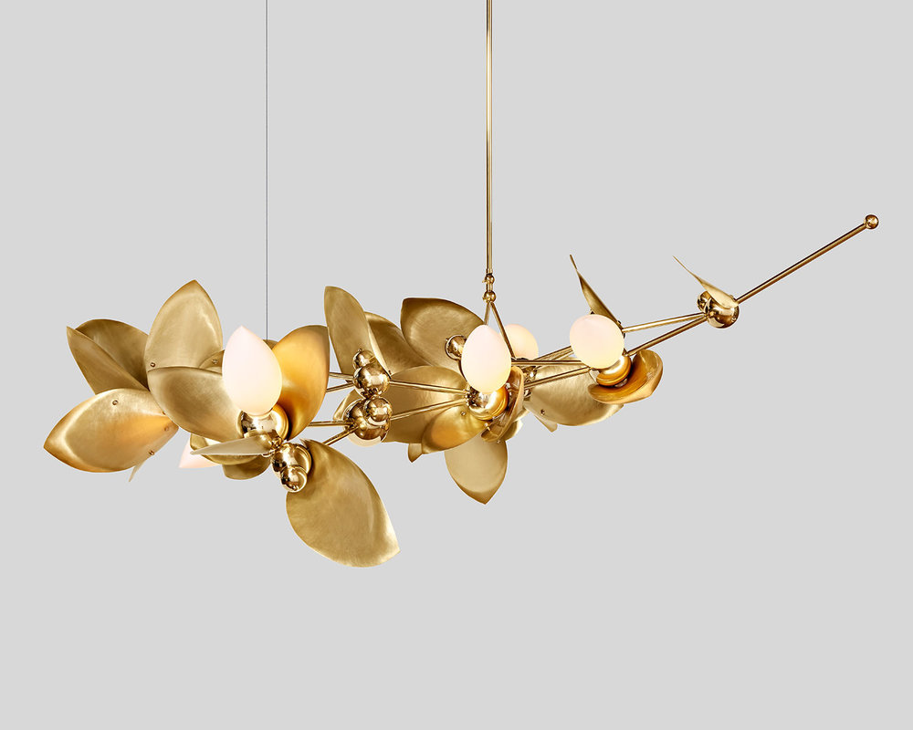 Laurel-Blossom_09-Chandelier_Brass_01.web.jpg