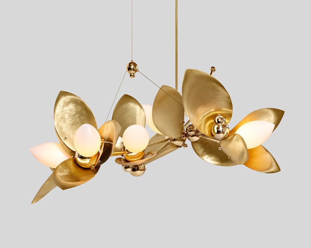 Laurel-Blossom_05-Chandelier_Brass_03.web.jpg
