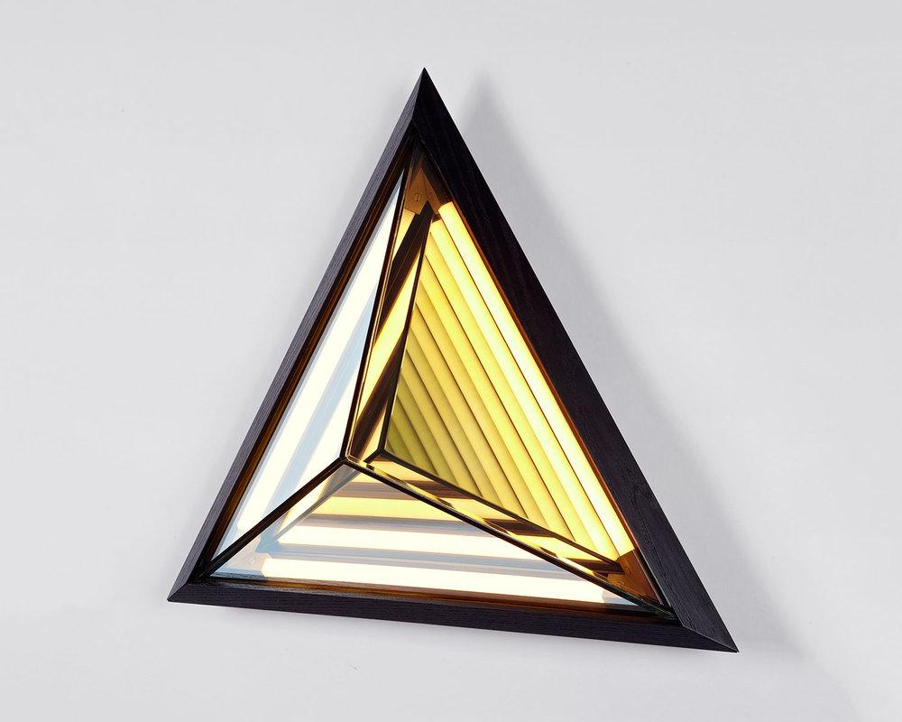 Stella_Triangle_7816.web.jpg