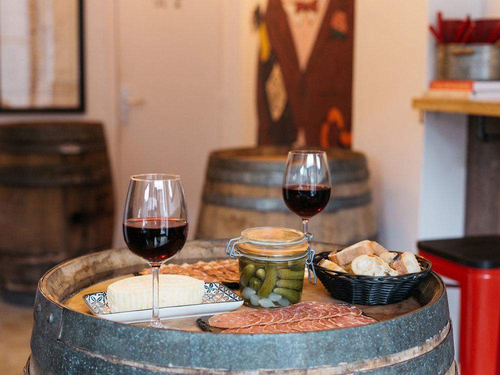 Le_Comptoir_du_Canal_2018_Wine_Cheese_Meat_2.jpg