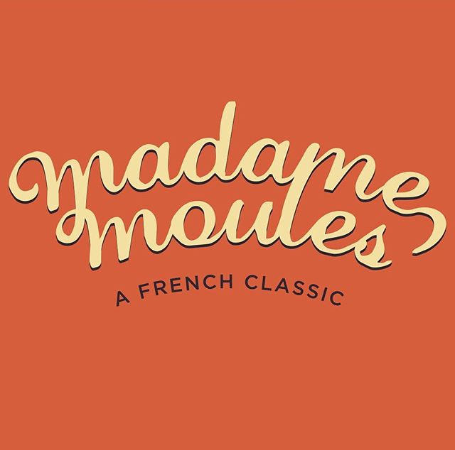Your mussel-loving lady is back! Take a scenic journey to Dayboro on Friday 8 February for Madame Moules classic 'Moules Mariniere' & an evening of delightful French inspired food & drinks 🥂🐚🥖 Link in bio for tickets 🍾