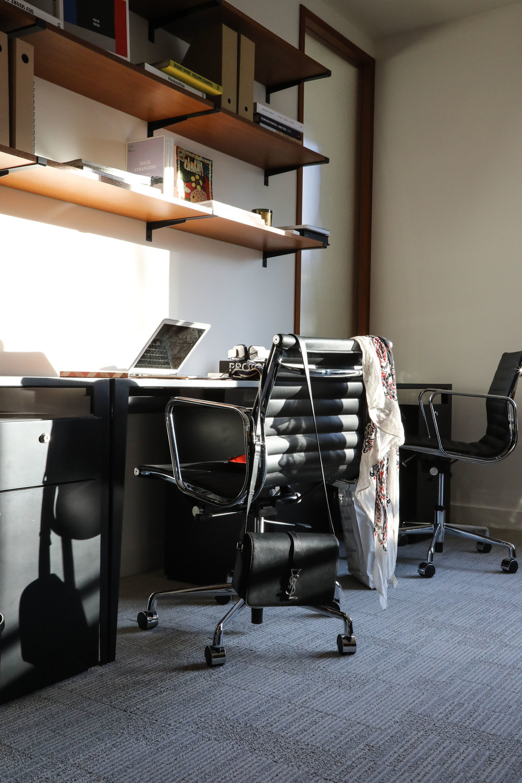 the bureau-11.jpg