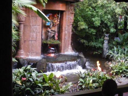 Enchanted Tiki Room 6.jpg