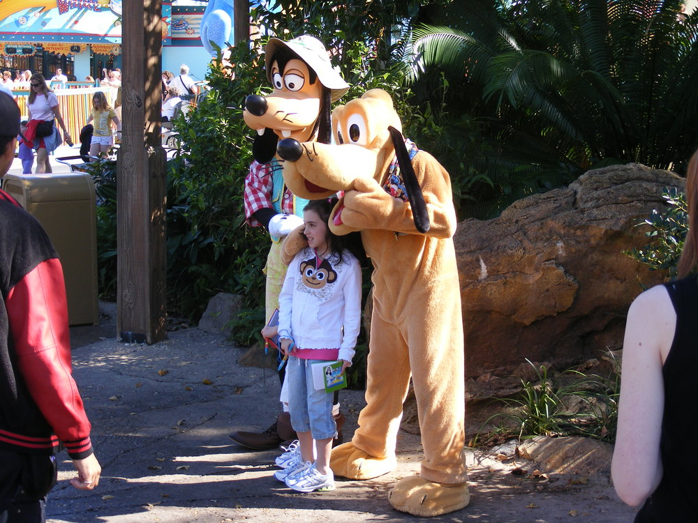 Goofy and Pluto in The Oasis
