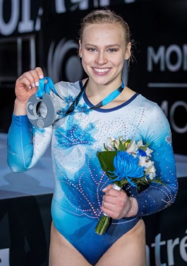 Ellie Black with her silver medal from the world championships in Montreal. (Antoine Saito/Gymnastics Canada)