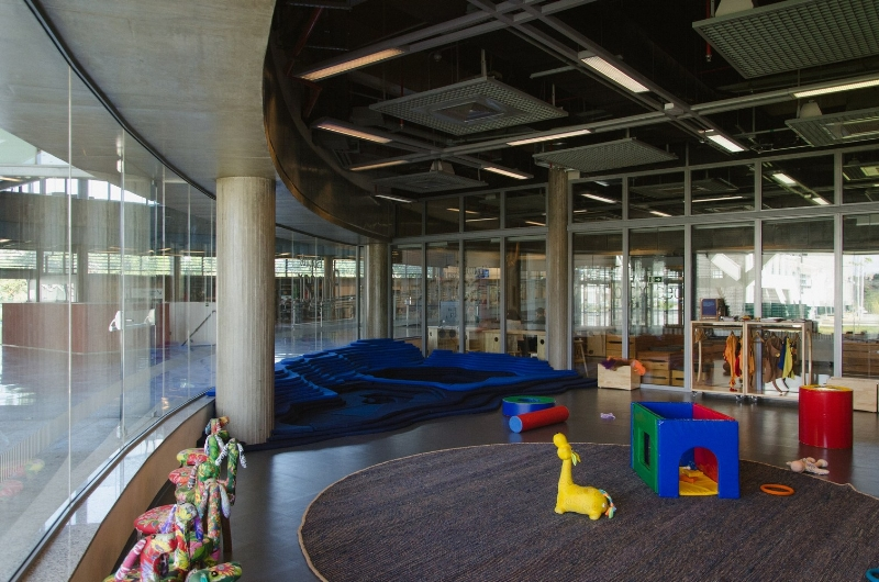Ninho Sesc Art Installation by Studio Deusdara - Product Design and Furniture