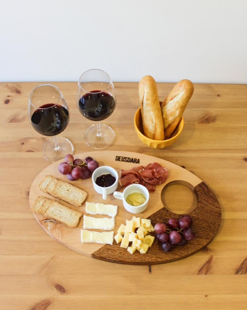God's Serving Table by Studio Deusdara