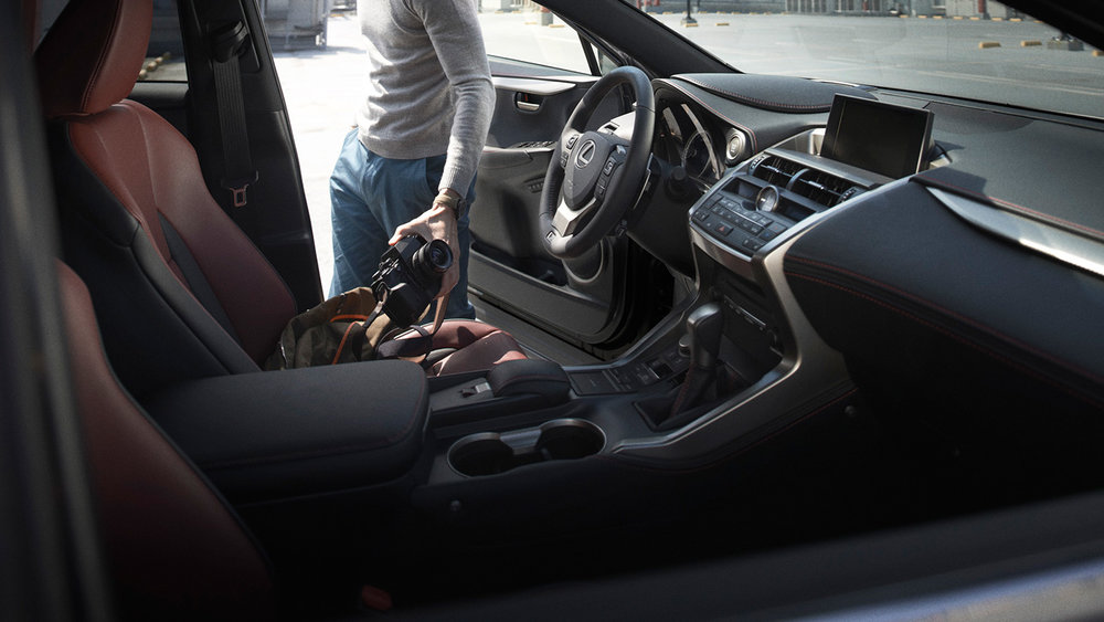 Lexus_NX200t_Porto_Alegre.jpg