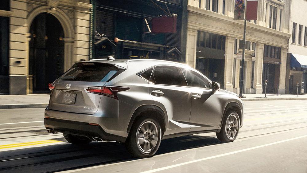 Lexus-NX200T-CarHouse-RS