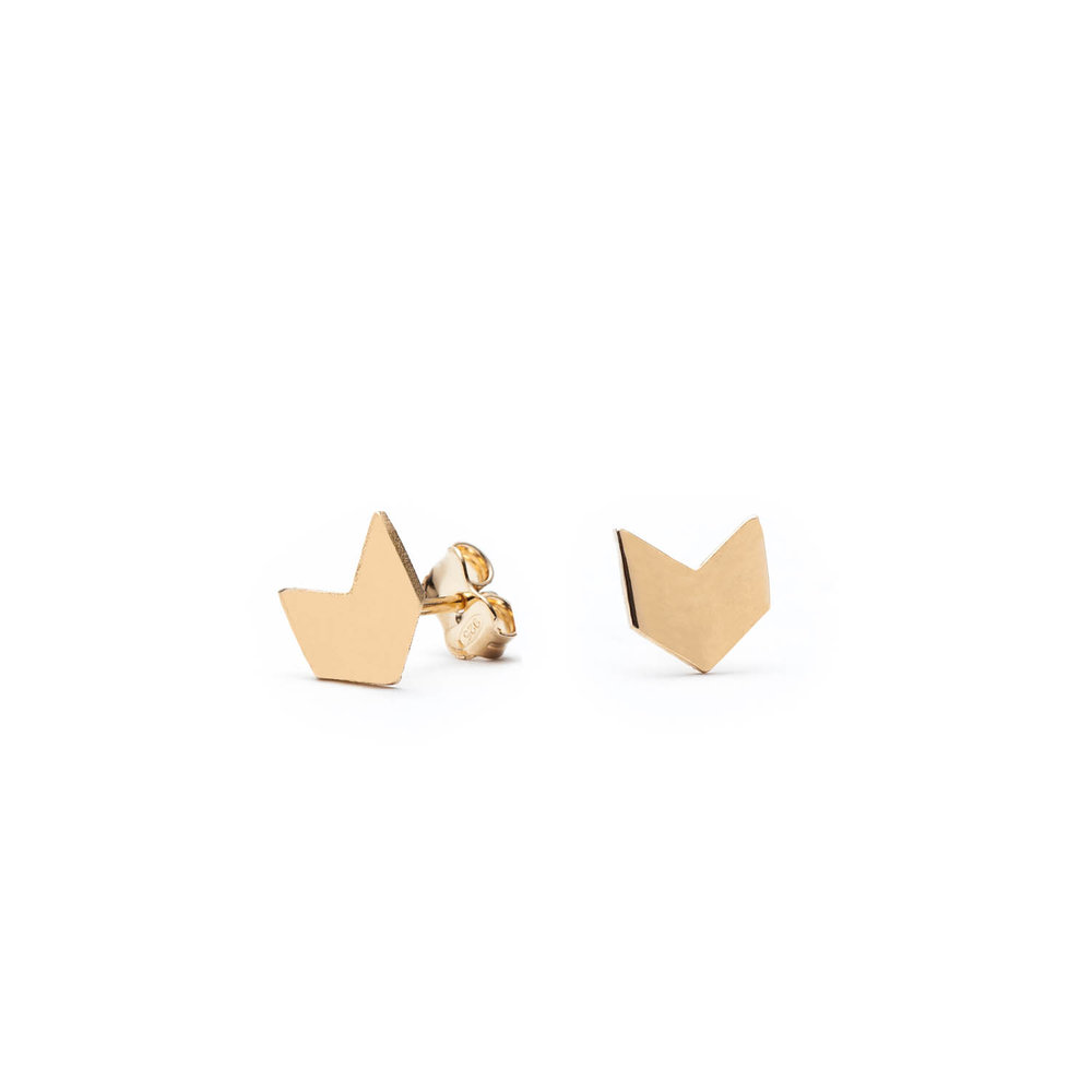 Tiny minimalist studs, silver earrings from chevron line