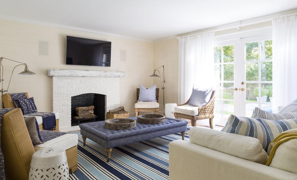 East Hampton Summer Cottage Living Room By Chango U0026 Co Part 37
