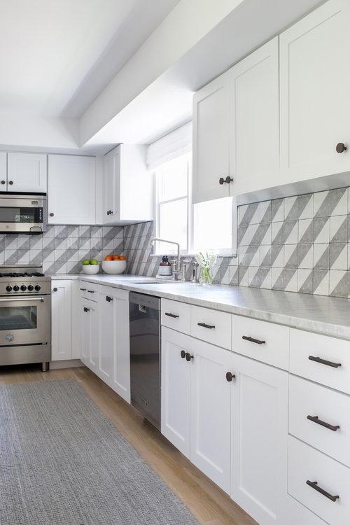 East Hampton Post-Modern - Chango & Co. - Kitchen.jpg