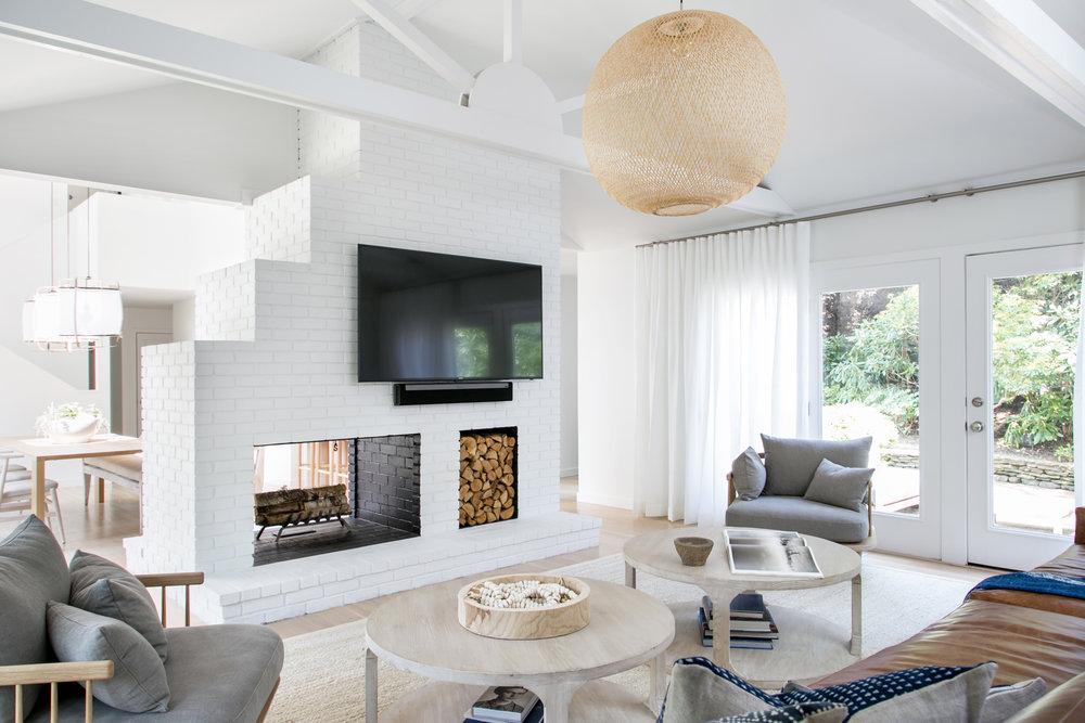 East Hampton Post Modern   Chango U0026 Co.   Living Room Fireplace