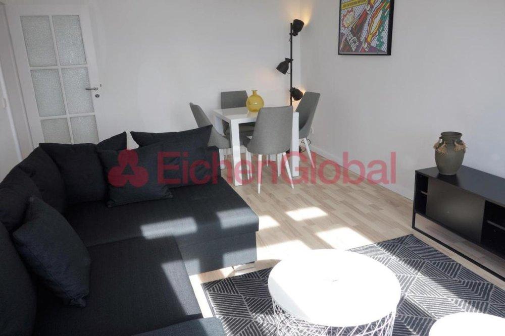 Schickes neu möbliertes Business Apartment Wohnung zum Mieten am Strausberger Platz Berlin - 4.jpg
