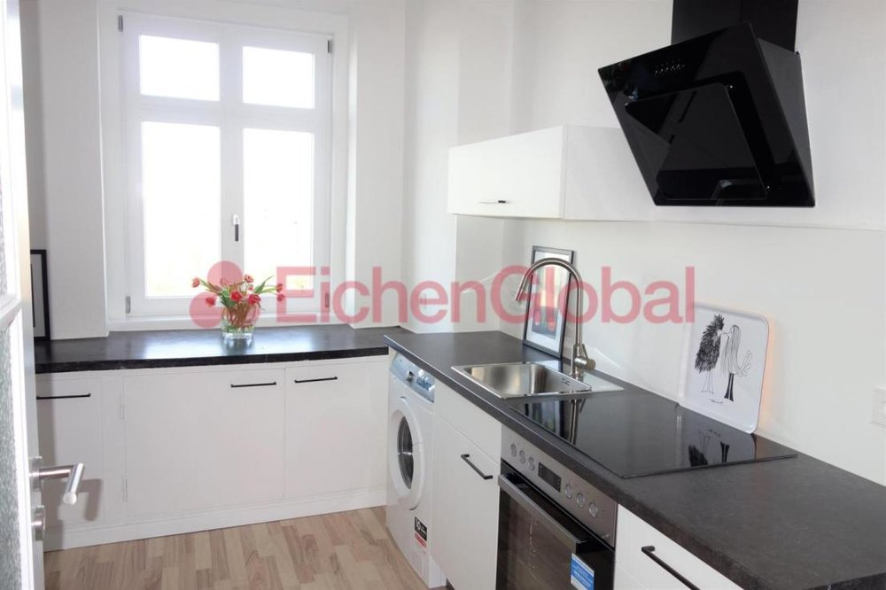 Schickes neu möbliertes Business Apartment Wohnung zum Mieten am Strausberger Platz Berlin - 6.jpg