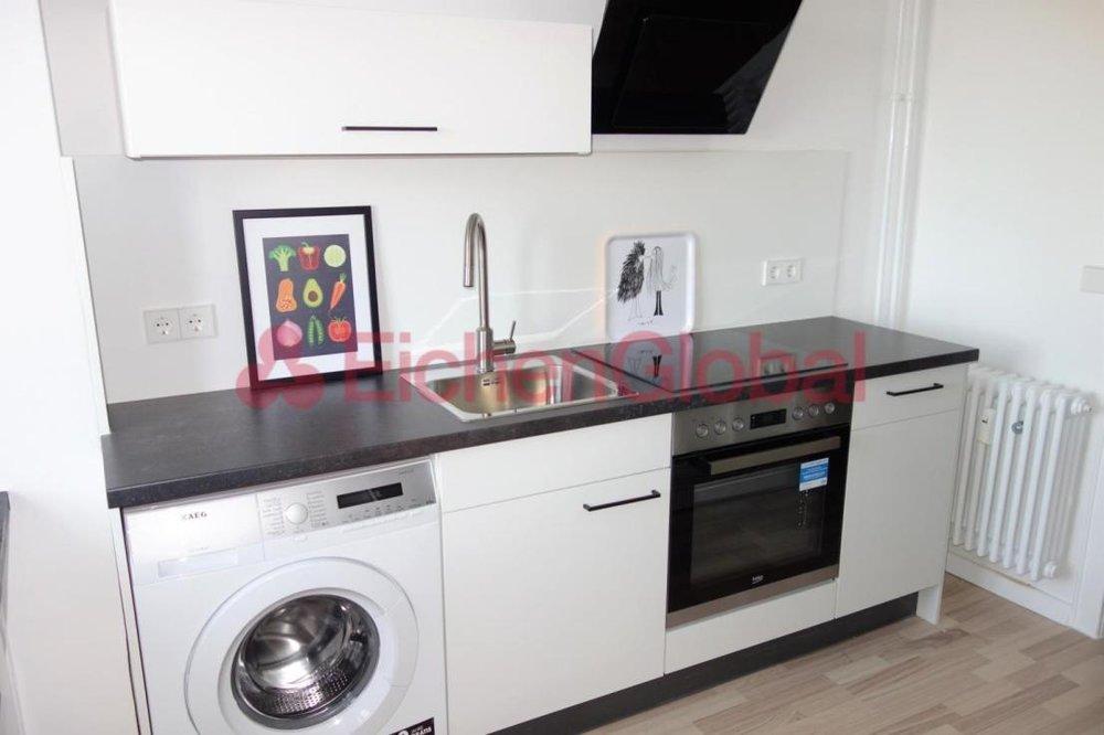 Schickes neu möbliertes Business Apartment Wohnung zum Mieten am Strausberger Platz Berlin - 7.jpg
