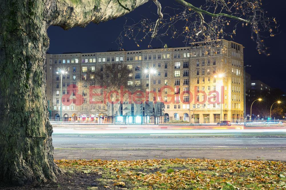 Schickes neu möbliertes Business Apartment Wohnung zum Mieten am Strausberger Platz Berlin - 17.jpg