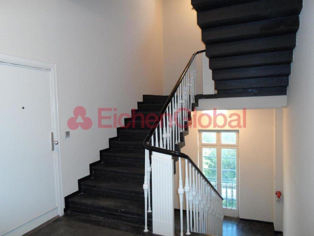 Schickes neu möbliertes Business Apartment Wohnung zum Mieten am Strausberger Platz Berlin - 20.jpg
