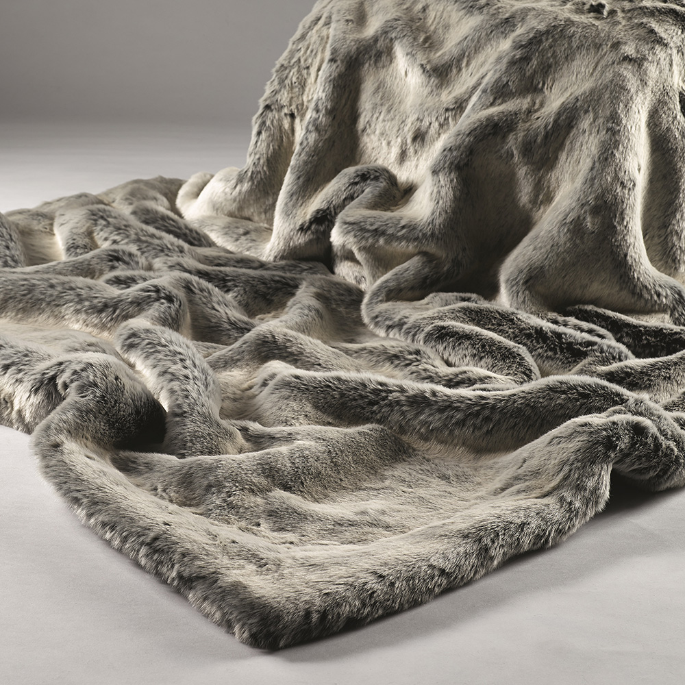 Silver-Shadow-Luxury-Faux-Fur-Throw-HR.jpg