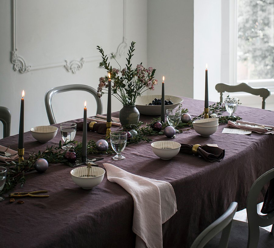 THE-LINEN-WORKS--Aubergine-Tablecloth-and-Rose-Napkins-full-image_9522f09c-6332-4ca5-9790-d02ef54abef9_900x.jpg