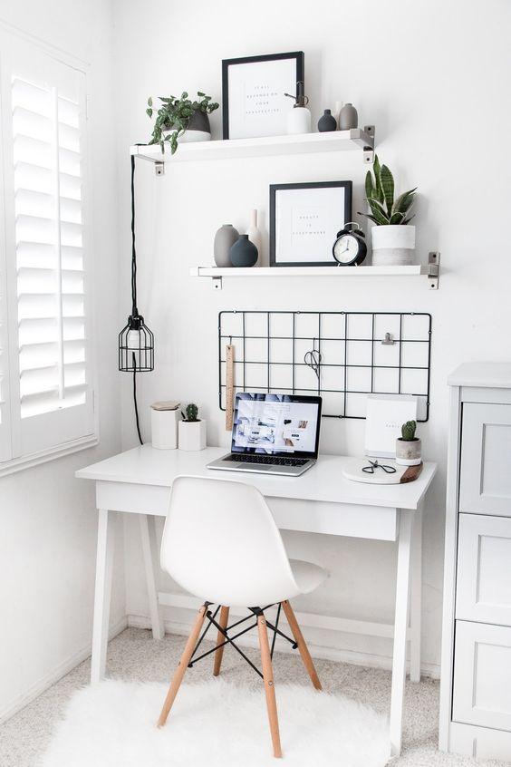mini white desk.jpg