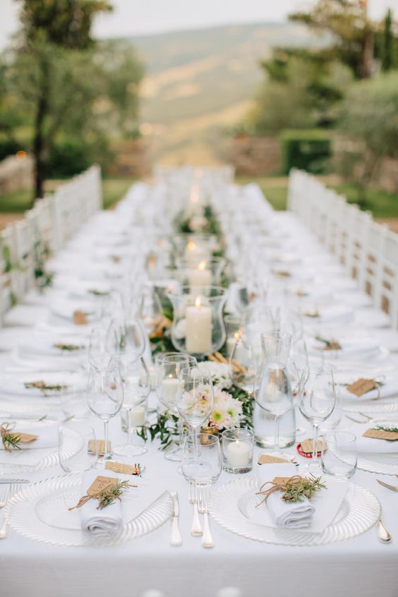 White Tablecloth Wedding.jpg