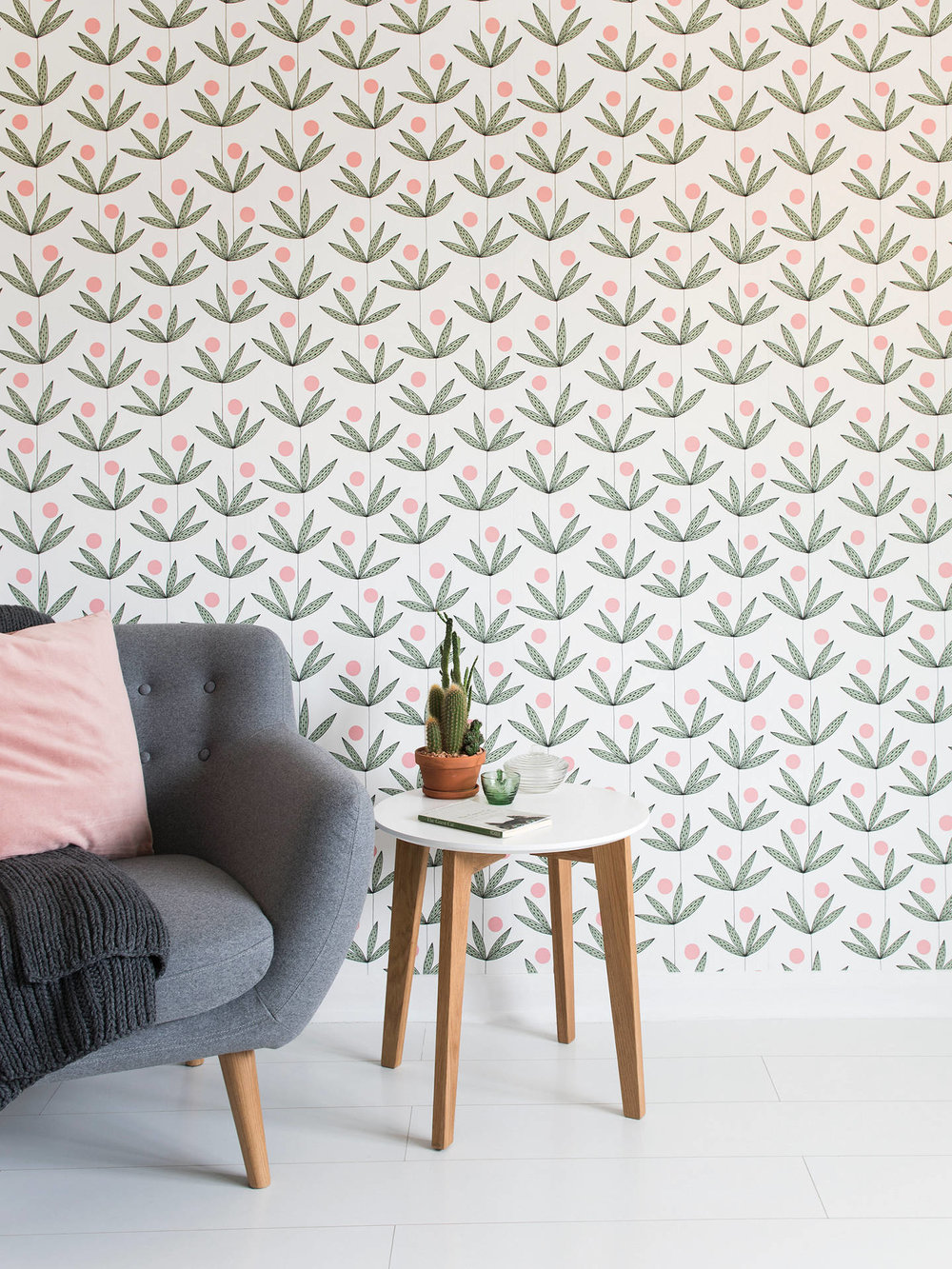 Palm Tree from MissPrint - A delicate, illustrative interpretation of the classic palm print, the Palm Tree wallpaper from MissPrint keeps things beautifully simple. With palm trees growing the length of the wallpaper, detailed lines are paired with pops of block colour to create harmony and introduce a modern take on the botanical trend. £69.00Image: MissPrint