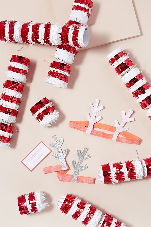 Candycane Crackers - £23