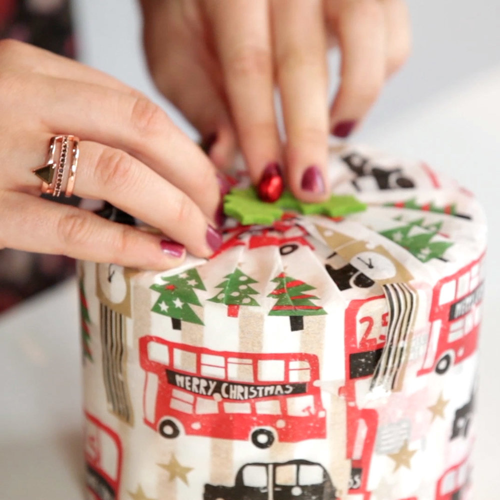 How to wrap round gifts - One of the most dreaded wrapping tasks is the round or circular present. The way to bring out the procrastinator in all of us, this gift always sits in its bag or hiding place until all the others are beautifully wrapped - and when you do eventually get around to wrapping it, it will either end up in a last-minute gift bag or covered in creased, slightly ripped paper. However, thanks to this super handy guide from Paperchase, we feel ready to face any rounded gift sent our way.