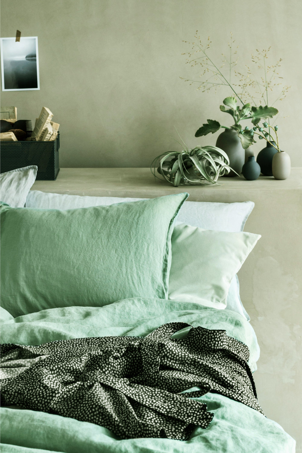 Bedroom bliss - For a subtle hint of mint that also embraces the trend for natural materials and wellness, opt for this beautiful washed linen duvet cover set from H&M Home. The pared-back shade of Dusky Green works perfectly with the relaxed texture of the material. Simply dreamy!