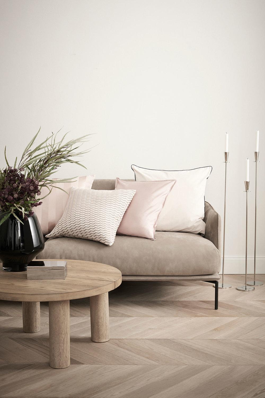 Large Glass Vase - £39.99