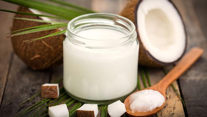 Coconut-Oil-For-Eyes-2.jpg