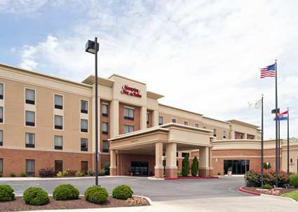 Hampton Inn & Suites- Columbia